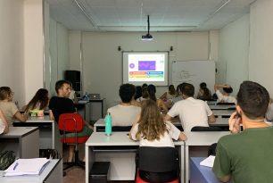CLASES DIFERENTES Y PRODUCTIVAS